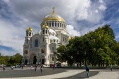 Ναυτικός καθεδρικός ναός του Άγιου Βασίλη σε Kronstadt στοκ φωτογραφίες