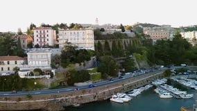 Ναυτικό, εθνική οδός και πόλη γιοτ στους λόφους Ιταλία savona φιλμ μικρού μήκους