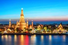 Ναός άποψης νύχτας Arun Wat στη Μπανγκόκ Στοκ φωτογραφίες με δικαίωμα ελεύθερης χρήσης
