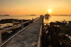 Ναός εκκλησιών στο νησί Ταϊλάνδη θάλασσας Στοκ εικόνα με δικαίωμα ελεύθερης χρήσης