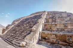 Ναός πυραμίδων Quetzalcoatl στις καταστροφές Teotihuacan - Πόλη του Μεξικού, Μεξικό Στοκ Φωτογραφία