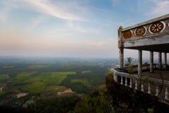 Ναός σπηλιών τιγρών Krabi Στοκ φωτογραφία με δικαίωμα ελεύθερης χρήσης