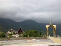 Ναός στο λόφο Khao Kho από την Ταϊλάνδη στοκ φωτογραφία