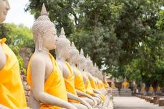 Ναός Ταϊλάνδη αγαλμάτων του Βούδα Στοκ φωτογραφία με δικαίωμα ελεύθερης χρήσης