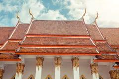 ναός Ταϊλανδός Ναός Phuket, Ταϊλάνδη Mongkol Nimit Wat Αρχιτεκτονική στεγών Στοκ εικόνες με δικαίωμα ελεύθερης χρήσης