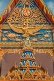 ναός Ταϊλανδός Ναός Phuket, Ταϊλάνδη Mongkol Nimit Wat Χρυσή πρόσοψη αρχιτεκτονικής Στοκ εικόνες με δικαίωμα ελεύθερης χρήσης