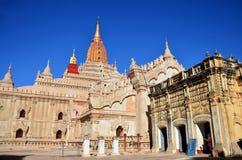 Ναός Ananda στην αρχαιολογική ζώνη Bagan σε Bagan, το Μιανμάρ Στοκ εικόνα με δικαίωμα ελεύθερης χρήσης