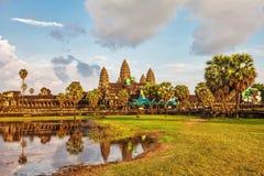 Ναός Angkor wat στο φως ηλιοβασιλέματος Στοκ Φωτογραφίες