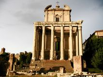 Ναός Antoninus και Faustina Στοκ Εικόνες