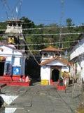 Ναός Ardhnareswar εκτός από το ναό Shiva, Guptakashi, Ινδία στοκ εικόνα