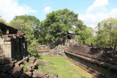Ναός Bengmealea Καμπότζη η banteay λίμνη της Καμπότζης angkor lotuses συγκεντρώνει siem το ναό srey Στοκ φωτογραφία με δικαίωμα ελεύθερης χρήσης