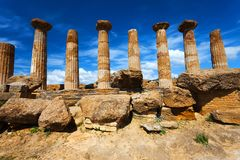 Ναός Hercules στο αρχαιολογικό πάρκο του Agrigento Σικελία στοκ εικόνα με δικαίωμα ελεύθερης χρήσης