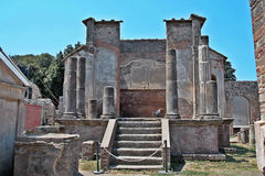 Ναός Iside στη archeological περιοχή της Πομπηίας Στοκ εικόνα με δικαίωμα ελεύθερης χρήσης