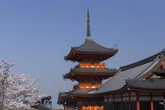 Ναός kiyomizu-Dera και τα λουλούδια των ανθών κερασιών στο Κιότο στοκ φωτογραφία με δικαίωμα ελεύθερης χρήσης