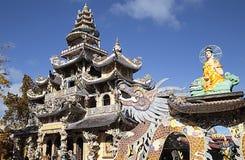 Ναός Linh Phuoc παγοδών στη DA lat, η θρησκευτική λάρνακα στο Βιετνάμ Στοκ Φωτογραφία