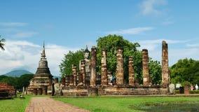 Ναός Mahathat στο ιστορικό πάρκο Ταϊλάνδη, διάσημο τουριστικό αξιοθέατο Sukhothai στην Ταϊλάνδη απόθεμα βίντεο