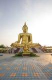Ναός Muang Wat στο Songkran Στοκ Φωτογραφίες