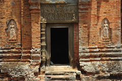 ναός roluos εισόδων της Καμπότζης angkor bakong Στοκ φωτογραφία με δικαίωμα ελεύθερης χρήσης