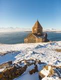 Ναός Sevanavank σύνθετος στη λίμνη Sevan στοκ εικόνες