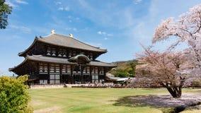 Ναός Todaiji στην εποχή sakura στο Νάρα, Ιαπωνία Στοκ φωτογραφία με δικαίωμα ελεύθερης χρήσης