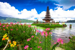 Ναός Ulun Danu Pura σε μια λίμνη Beratan Μπαλί, Ινδονησία Στοκ Εικόνες