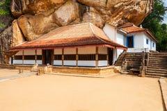Ναός Viharaya Ridi, Σρι Λάνκα στοκ εικόνες