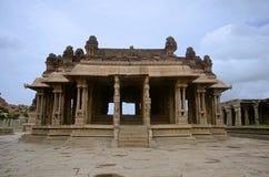 Ναός Vittala σύνθετος, χτισμένος στο 15ο αιώνα, Hampi, Karnataka Στοκ Φωτογραφίες