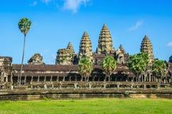 Ναός Wat Angkor στην ηλιόλουστη ημέρα, Καμπότζη Στοκ εικόνα με δικαίωμα ελεύθερης χρήσης