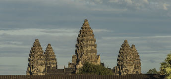 Ναός Wat Angkor το καυτό ηλιόλουστο βράδυ Στοκ Φωτογραφίες