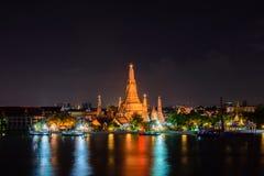 Ναός Wat Arun, διάσημο τουριστικό αξιοθέατο Arun στη νύχτα, Στοκ φωτογραφία με δικαίωμα ελεύθερης χρήσης