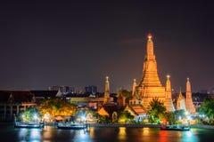 Ναός Wat Arun, διάσημο τουριστικό αξιοθέατο Arun στη νύχτα, Στοκ εικόνες με δικαίωμα ελεύθερης χρήσης