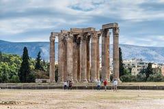Ναός Zeus στην Αθήνα, Ελλάδα - υπόβαθρο ταξιδιού στοκ εικόνα με δικαίωμα ελεύθερης χρήσης