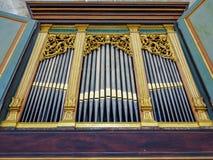να λάμψει σωλήνων οργάνων μουσικής εκκλησιών Στοκ Εικόνες