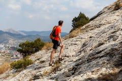 Να ανεβεί ατόμων στο βουνό Στοκ Εικόνες
