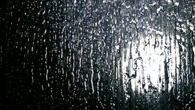 Να ανοίξει το νερό στον έξοχο σε αργή κίνηση πυροβολισμό ντους απόθεμα βίντεο
