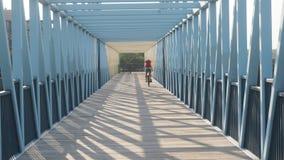 Να ανταλάξει σπίτι στο ποδήλατο μετά από την εργασία Στοκ Εικόνες