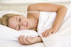 να βρεθεί σπορείων γυναίκα ύπνου Στοκ Εικόνες
