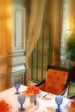 να δειπνήσει εσωτερικό δωμάτιο στοκ φωτογραφίες με δικαίωμα ελεύθερης χρήσης