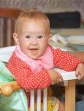 να δειπνήσει παιδιών μικρό&sigm στοκ φωτογραφία με δικαίωμα ελεύθερης χρήσης