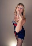 να είστε ξανθό κορίτσι αρκ&e Στοκ φωτογραφία με δικαίωμα ελεύθερης χρήσης