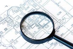 Να ενισχύσει - γυαλί στο σχέδιο στο σπίτι Στοκ Εικόνες
