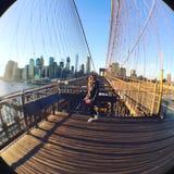 Να εξισώσει την πυράκτωση στη γέφυρα του Μπρούκλιν Στοκ εικόνες με δικαίωμα ελεύθερης χρήσης