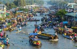 Να επιπλεύσει αγορά στο νότιο Βιετνάμ στοκ εικόνα