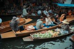Να επιπλεύσει αγορά Damnoensaduak, Ratchaburi, Ταϊλάνδη Στοκ φωτογραφίες με δικαίωμα ελεύθερης χρήσης