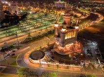 Να επιπλεύσει εναέρια νύχτα κάστρων στοκ φωτογραφίες με δικαίωμα ελεύθερης χρήσης