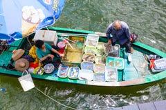 Να επιπλεύσει αγορά θαλασσινών σε Sai Kung, Χονγκ Κονγκ Στοκ Εικόνα
