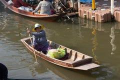 να επιπλεύσει αγορά Ταϊλά&n Στοκ φωτογραφίες με δικαίωμα ελεύθερης χρήσης