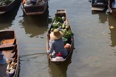 να επιπλεύσει αγορά Ταϊλά&n Στοκ φωτογραφία με δικαίωμα ελεύθερης χρήσης