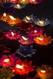Να επιπλεύσει λουλουδιών κεριών Στοκ Εικόνες