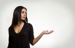 Να επισημάνει γυναικών που απομονώνεται στο λευκό Στοκ Εικόνες